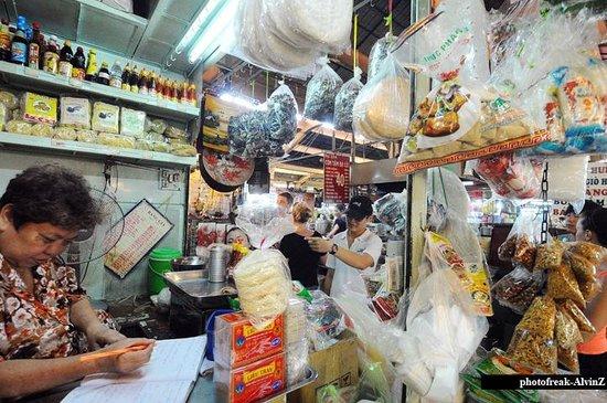 Ben Thanh Market: Stall
