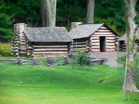 Valley Forge National Historical Park : Huts at Valley Forge!