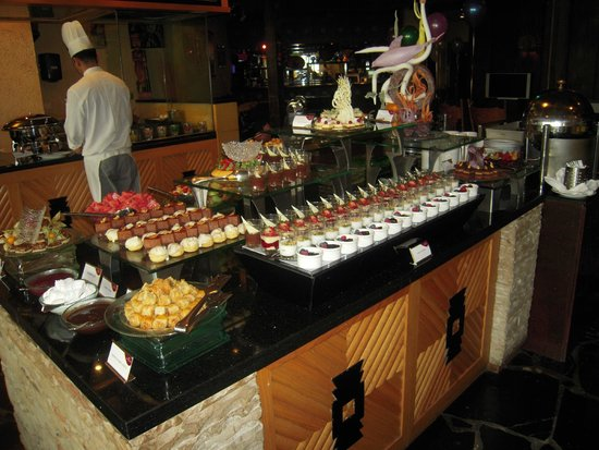 Spice Island: cold deserts buffet