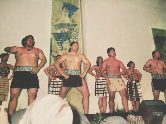 Holiday Inn Rotorua : マオリ族のショー