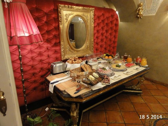 Alchymist Nosticova Palace : Part of the buffet