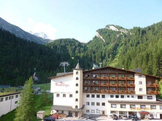 Hotel Gletscher & Spa Neuhintertux: Blick zum Gletscher