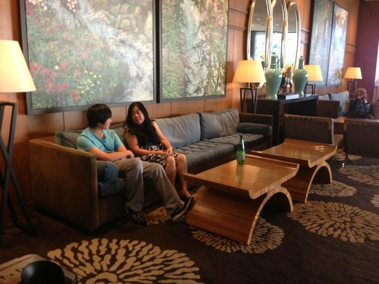 Four Seasons Hotel Vancouver: Lobby of FSH@Vancouver