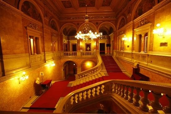 Hungarian State Opera House (Magyar Allami Operahaz) : interior da ópera