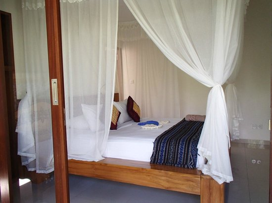 Villa Adi Amed: bed room