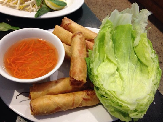I Love Pho: Vegetable spring rolls