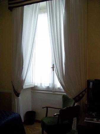 Bettoja Massimo D'Azeglio Hotel: Room 3