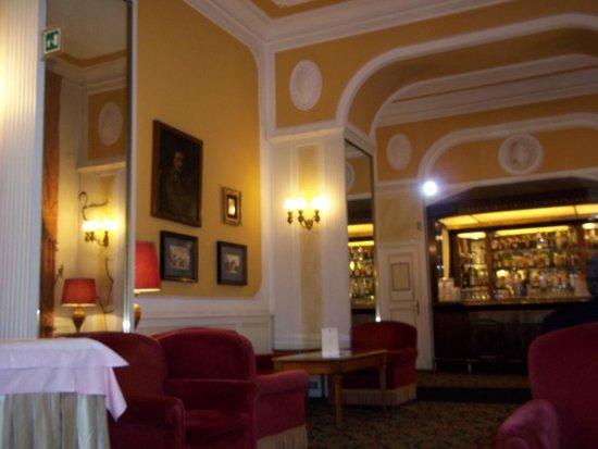 Bettoja Massimo D'Azeglio Hotel : Lobby - restaurant