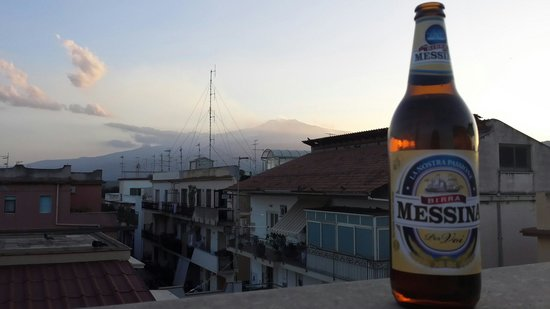 Gianni House: Sunset view of Mount Etna