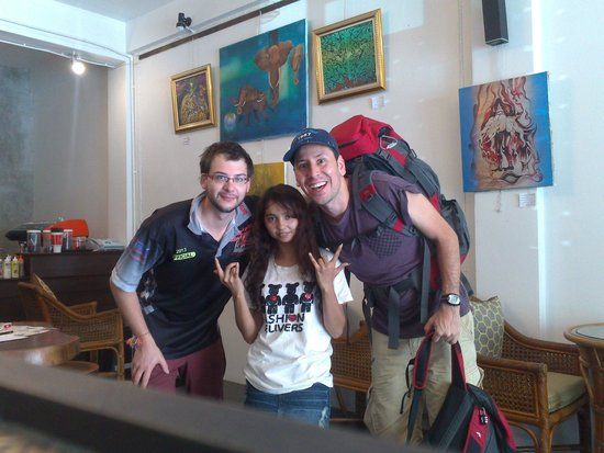 Beehive Phuket Old Town: Hasta pronto Phill and Baytee