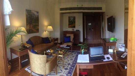 The Oberoi, Bangalore: my room (suite)