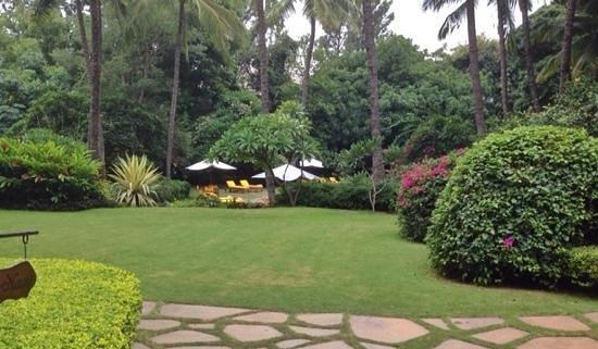 The Oberoi, Bangalore: the landscape