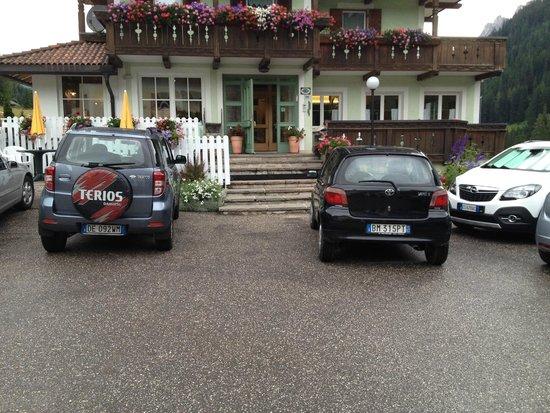 Hotel Sassleng: Facciata ingresso Hotel