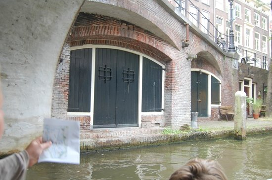 Canals area: Oudegracht from boat