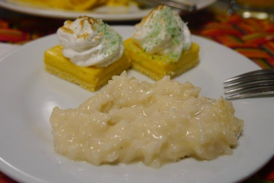 San Agustín Paracas: Algunos de los postres del buffet