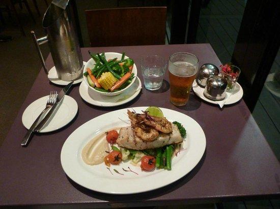 Groote Eylandt Lodge : Barramundi served in the Seagrass Restaurant