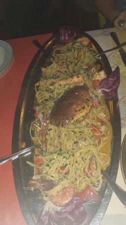 Il gran veliero. .. piatto per 2 persone..?ahahah - Foto di L ...