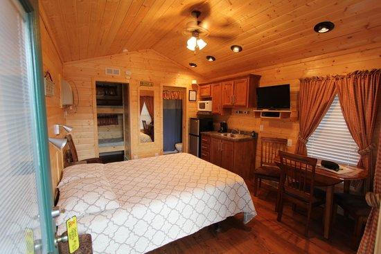 Durango KOA: Inside Deluxe Cabin