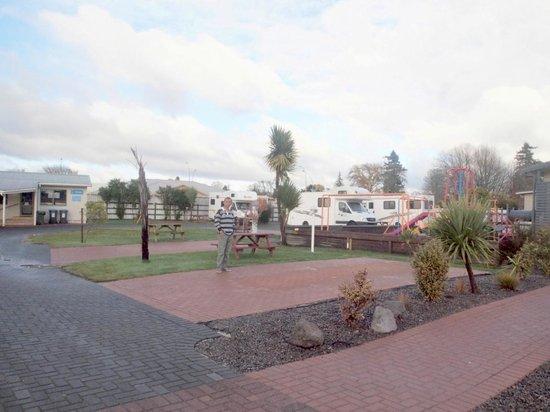 Rotorua Top 10 Holiday Park  06