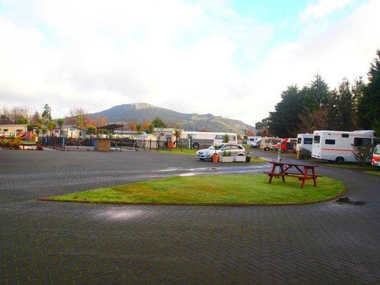 Rotorua Top 10 Holiday Park  04