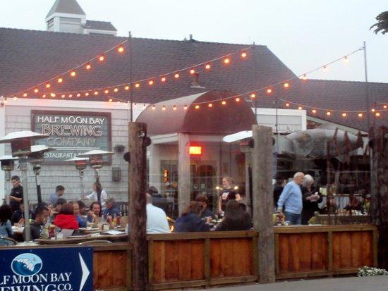 Half Moon Bay Brewing Company, Half Moon Bay, Ca