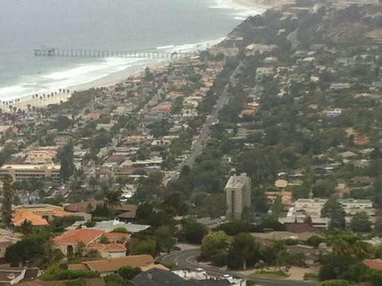 La Jolla Shores Park: View from a residential street high up in La Jolla