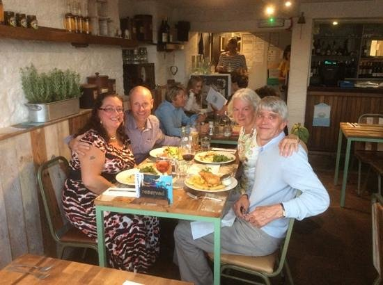 The Crabshell Inn: Good Food with Good Friends