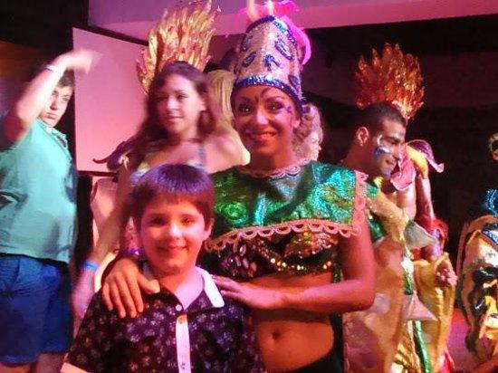 Bavaro Princess All Suites Resort, Spa & Casino: show nocturno
