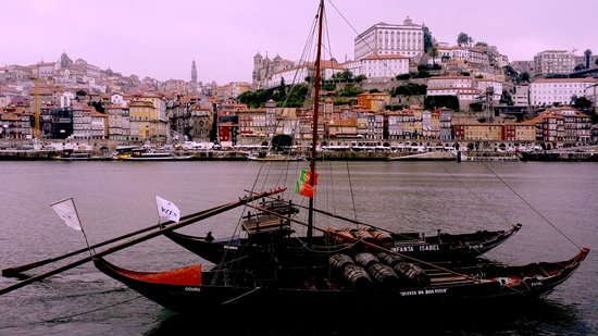 Pestana Vintage Porto: the view of the hotel and its surroundings from across the river