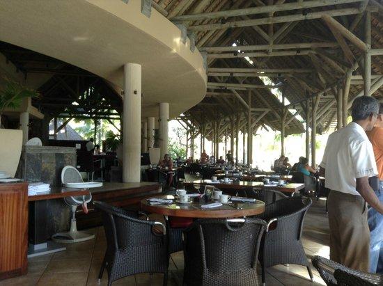 Shandrani Beachcomber Resort & Spa: Grand Port Restaurant