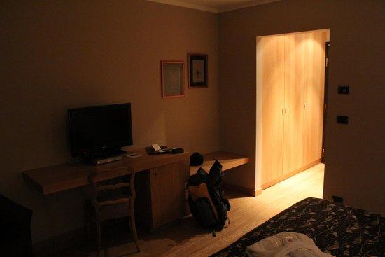 Albergo Savoia: Вид комнаты