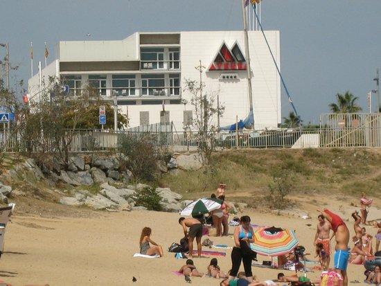 Hotel Atenea Port Barcelona Mataro : Vue de la plage