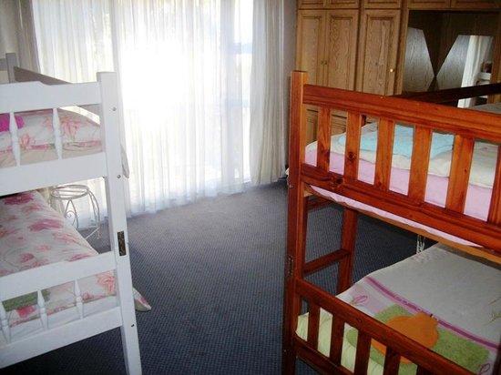 2B Happy Accommodation : 4 Beddorm