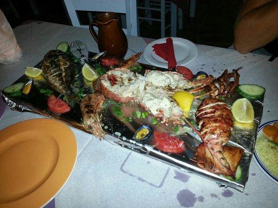 Summertime Restaurant: Geweldige keuze. Variatie van de vis van de dag