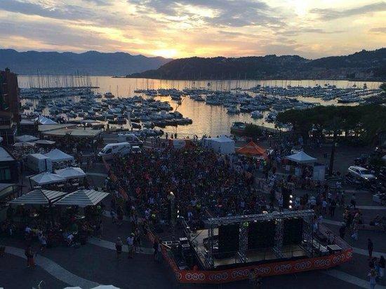 La MattaGatta: LeriICYFF GroupCycling Event in Piazza Garibaldi i