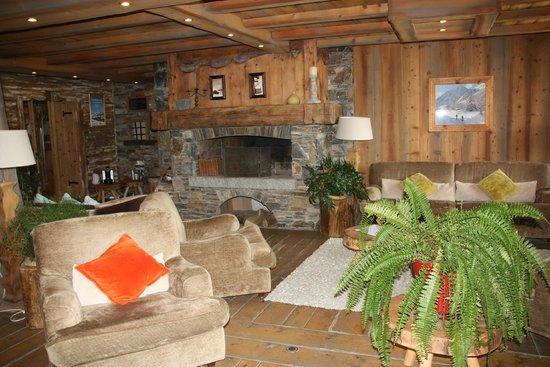 Pierre & Vacances Premium Residence Les Alpages de Reberty: le salon