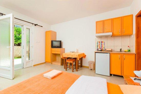 Rosic Apartments Tivat