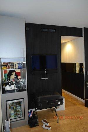 L'Empire Paris: Deluxe room