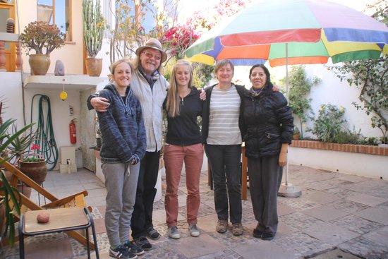Casa AL Tronco: Dominique, Caroline et Julie en compagnie d'Ebo et Tania
