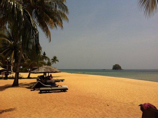 Berjaya Tioman Resort - Malaysia : Berjaya Resort Tioman beach front
