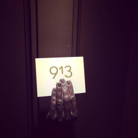 QT Sydney: room numbers