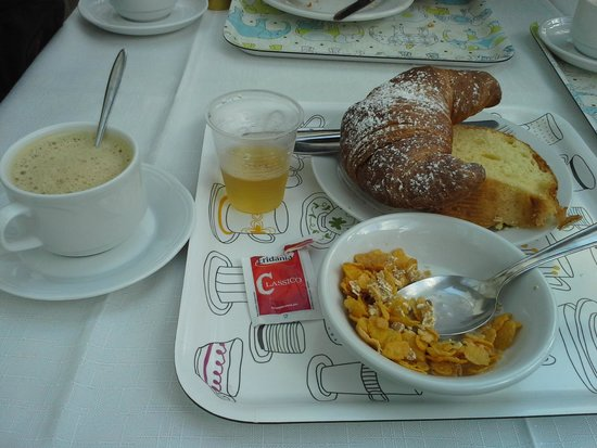 Hotel del Corso: Good breakfast