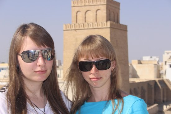 La Gran Mezquita (Mezquita Sidi Oqba): Вид на мечеть с крыши