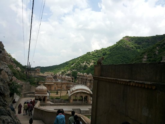 Galtaji Temple : Nestled by surrounding Aravali Mountains