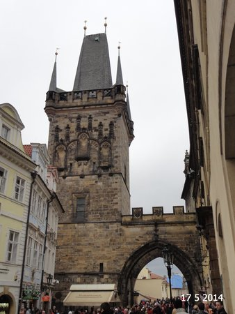 Old Town Bridge Tower : Lesser Tower