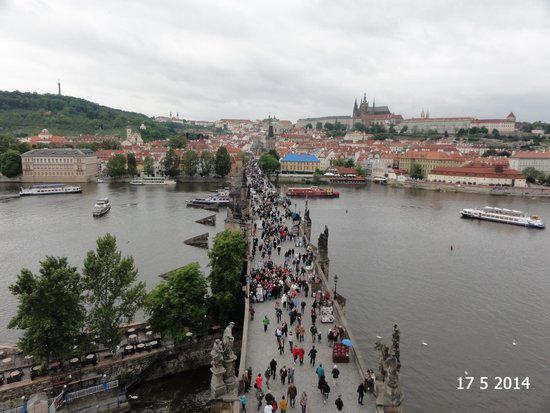 Old Town Bridge Tower: The view down the crowded Charles Bridge