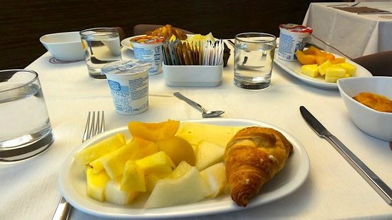 Eos Hotel: Breakfast