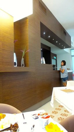 Eos Hotel: Breakfast dining area