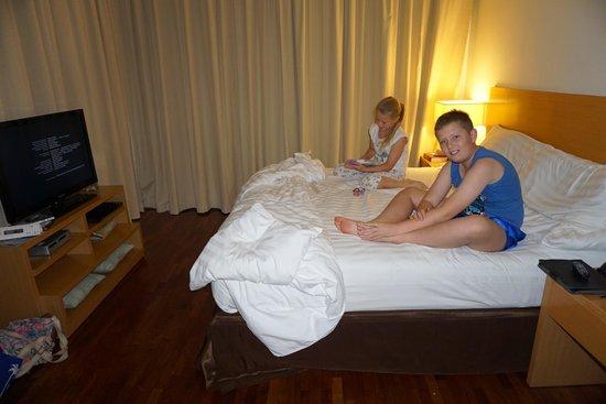 PARKROYAL Serviced Suites Kuala Lumpur: Kids massive bedroom