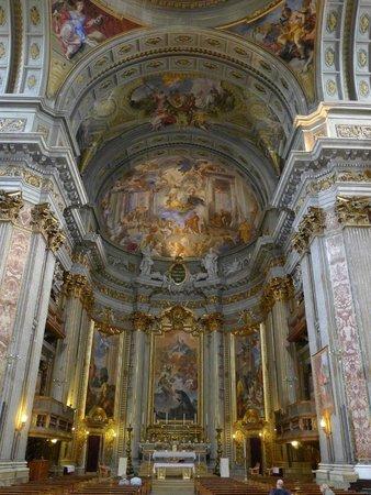 Chiesa di Sant'Ignazio di Loyola: 華麗的圓頂